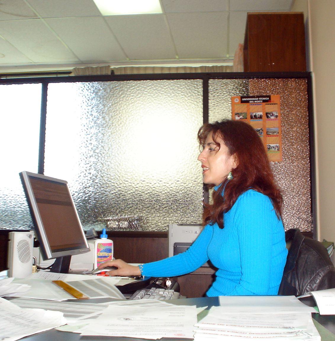 ... Secretaria de Administración y Secretarias de otras áreas técnicas
