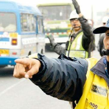 Curso Técnico Especializado: La regulación y tratamiento al Transporte Urbano y el ordenamiento del transporte menor en los Gobiernos Locales